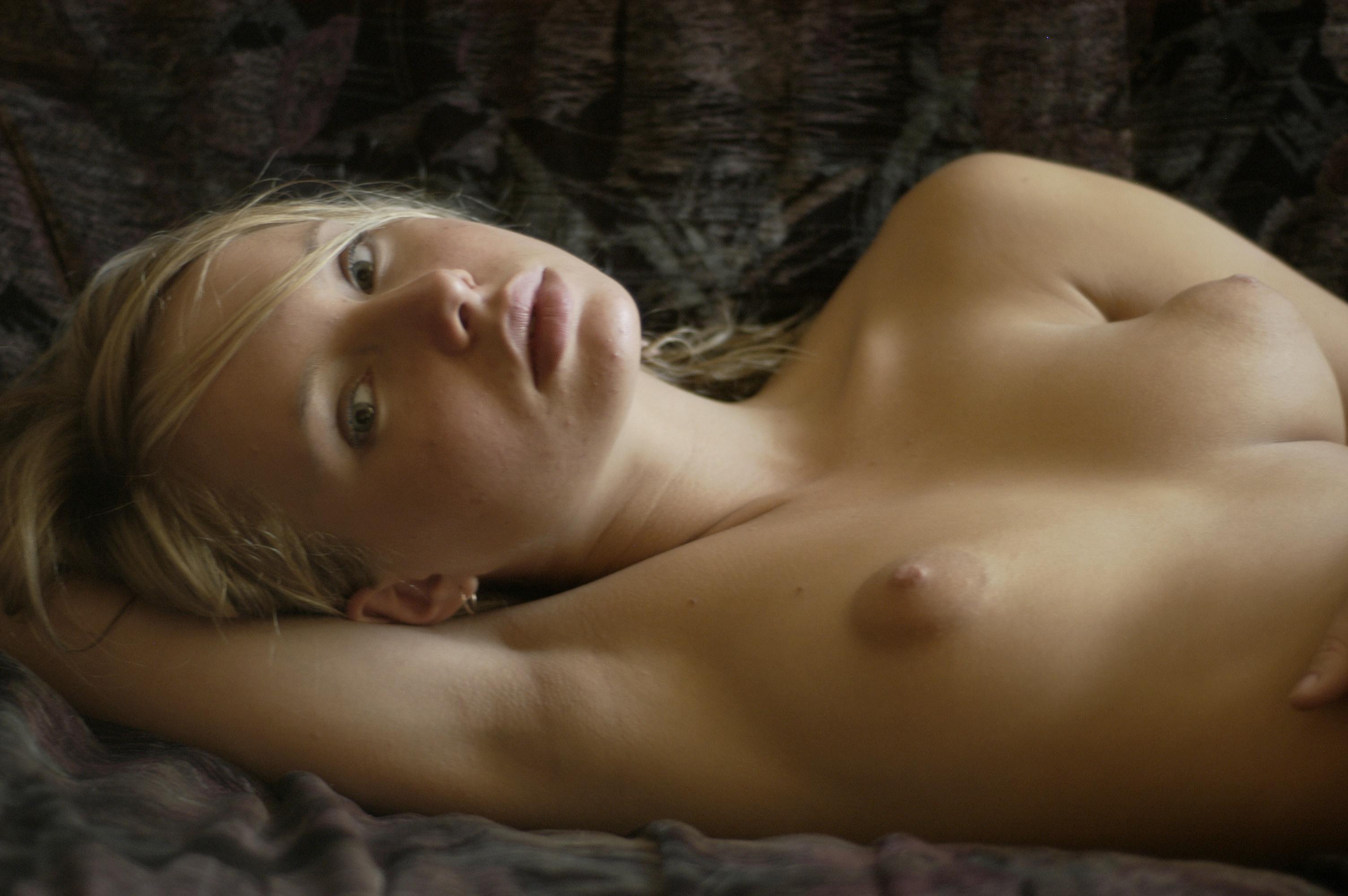 Прелестная грудь соски фото 7 фотография