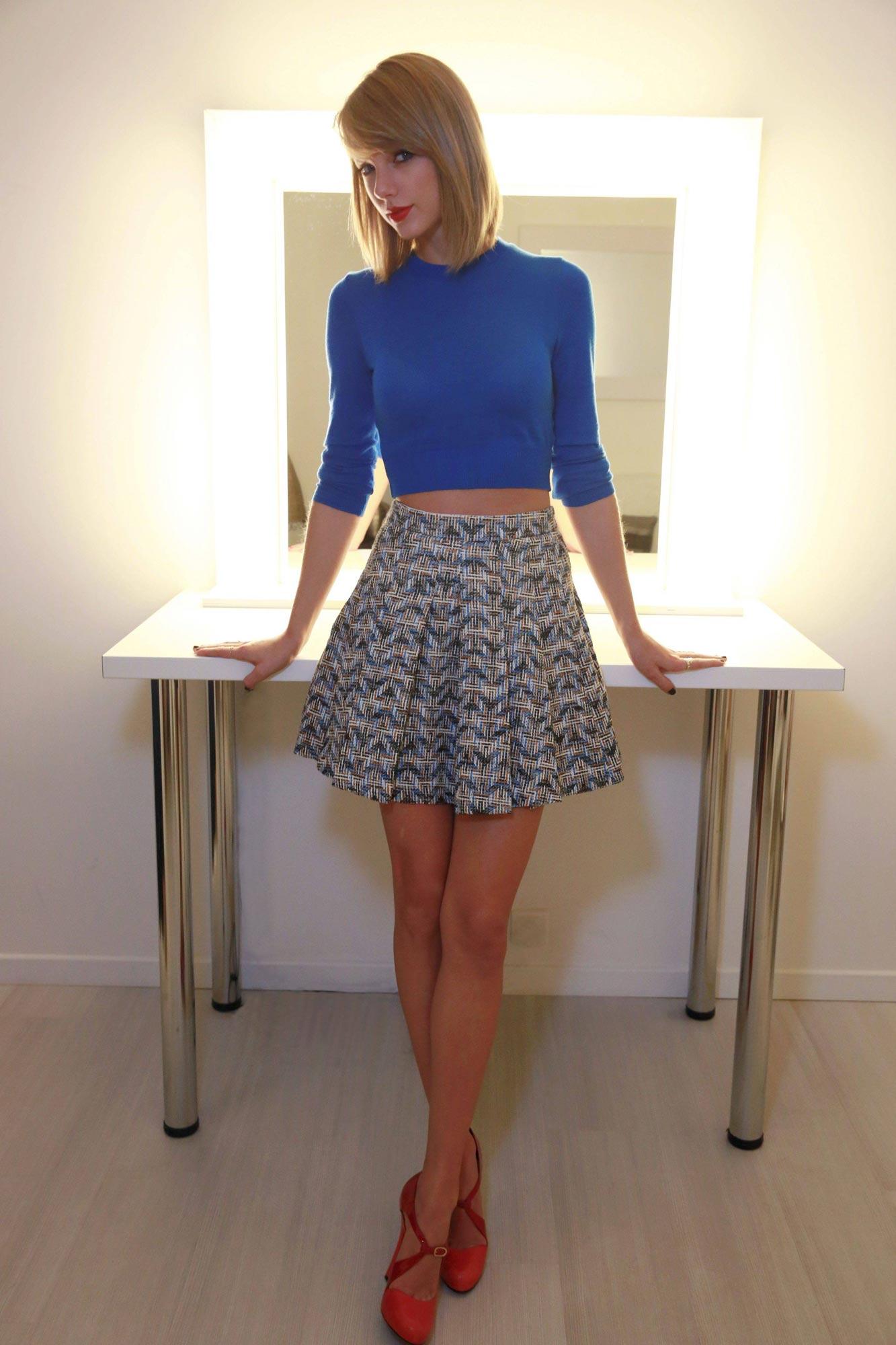 Taylor Swift oc 01