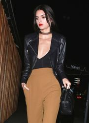 25105977_Kendall-Jenner-at-the-Nice-Guy-