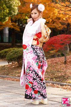 最新heyzo.com 0223 爆乳美女中出2連發 盛裝身姿亂
