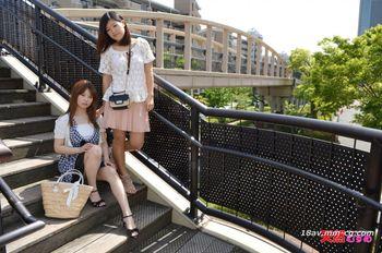 最新天然素人 080814_01 和閨蜜一起首次3P挑戰 鈴木奈美 三島楓